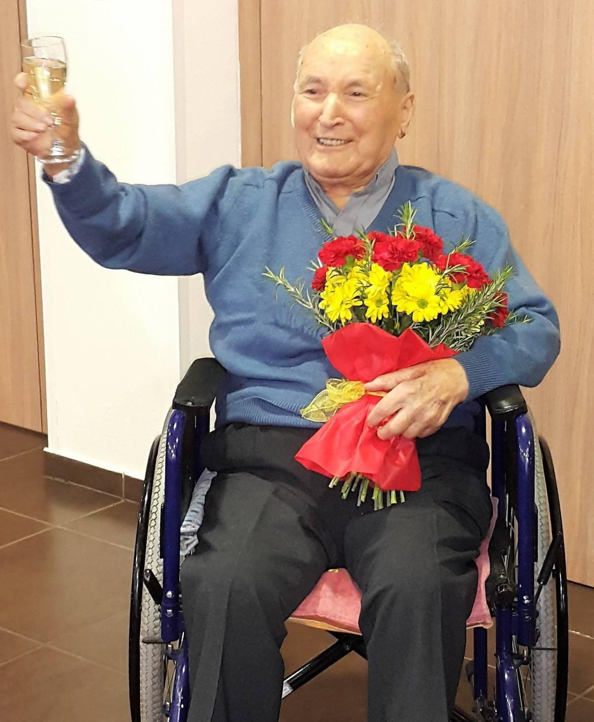 100 letnik v Pristanu