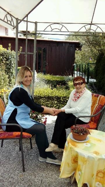 Pomoč na domu v občinah Ajdovščina in Postojna tudi v popoldanskem in večernem času